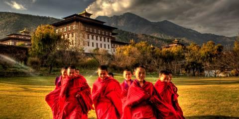 Monaci Bumthang - Viaggio per Thimpu Festival in Bhutan