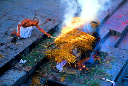 Cremazione a Pashupatinath, Viaggio in Nepal