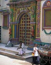Strada di Bhuj, Gujarat - Viaggio Artigianato ed i parchi di Gujarat