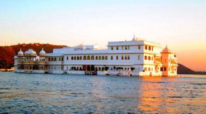 Udaipur, Lake Palace - Viaggio di nozze a bordo del treno di lusso in India