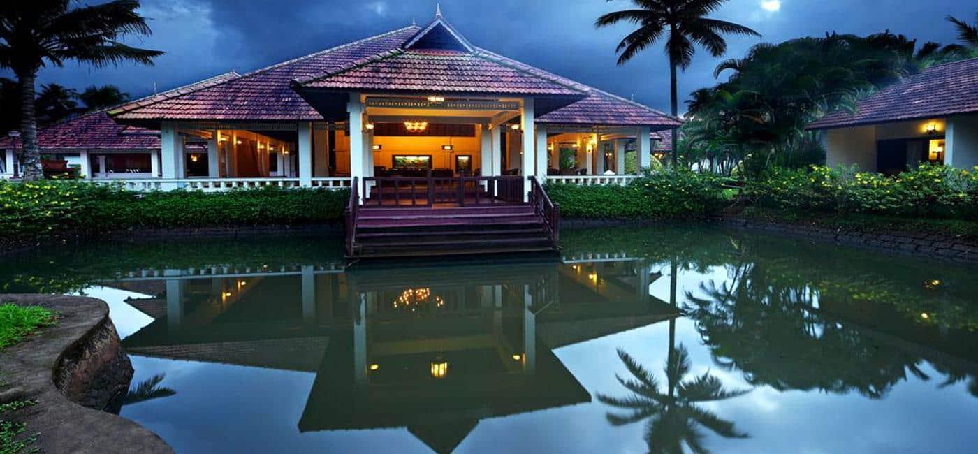 Hotel Abad Whispering Palms Kumarakom, Kerala - India