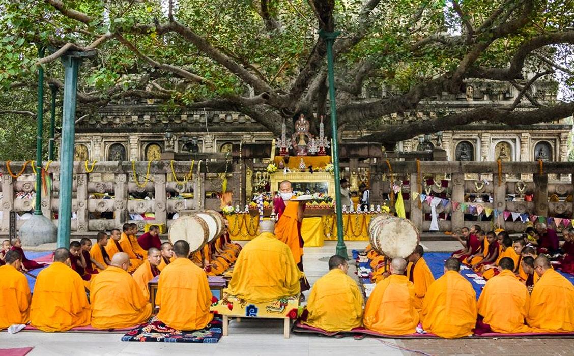 Viaggio per la festa Buddha Purnima