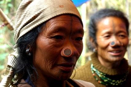 Donna tribale Apatani - Viaggio tribale in Assam e Arunachal Pradesh
