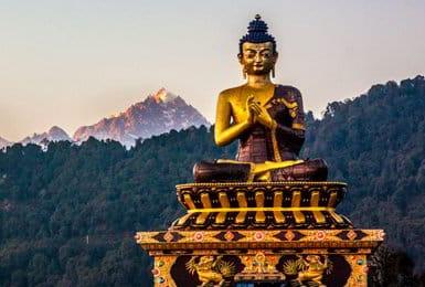 Mythey Buddha a Darjeeling - Viaggio in Sikkim, India