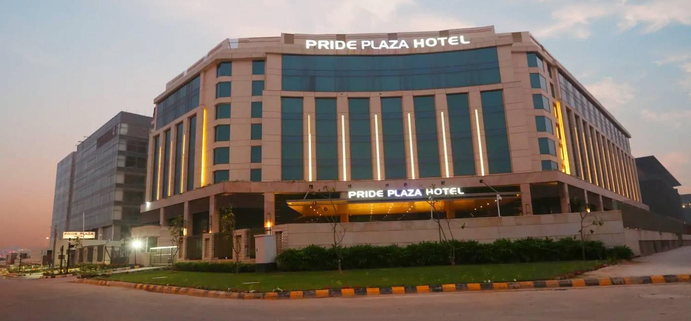 Hotel Pride Plaza - Delhi, India