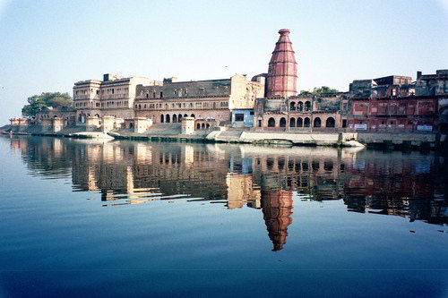Vrindavan ghat - Viaggio per la festa dei colori in India